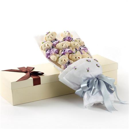 鲜花快递网-紫色小熊花束9支礼盒
