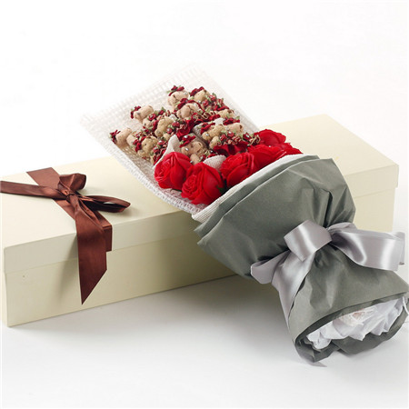 网上花店-红色小熊11支红香皂花7朵