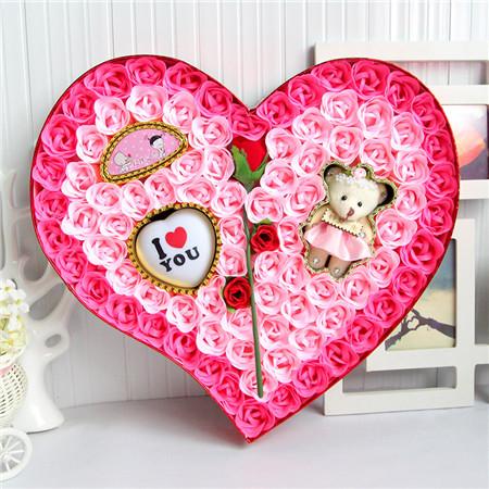 鲜花速递网-92朵粉色一枝花小熊灯