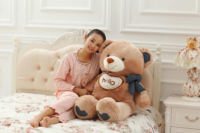 送花-HELLO泰迪熊