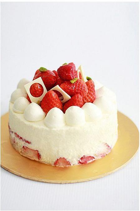 巧克力蛋糕-草莓天天向上