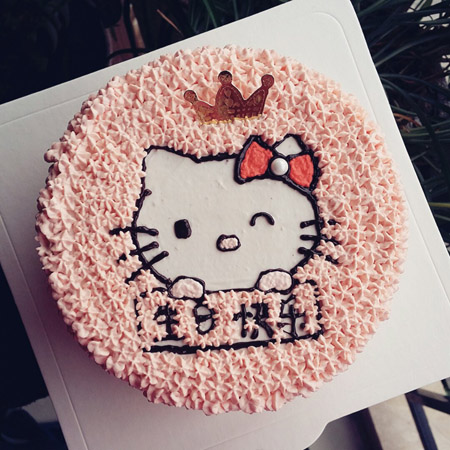 生日蛋糕-hello Katie