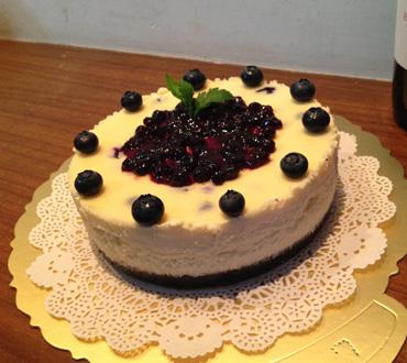 巧克力水果蛋糕-鲜奶蛋糕