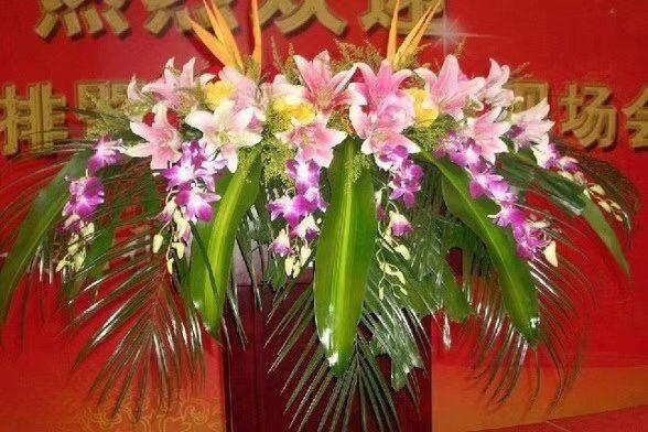 网上订花-讲台花4