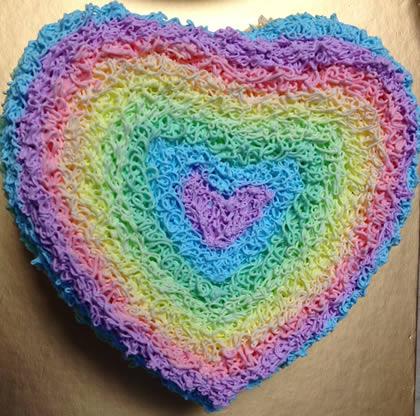 广水彩虹蛋糕:爱心彩虹
